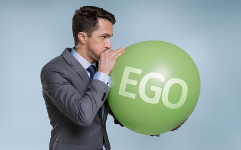 picture of ego and a narcissist